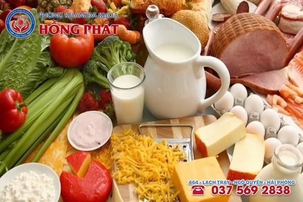Ăn uống khoa học và bổ sung đầy đủ canxi, vitamin để phòng tránh bệnh suy buồng trứng