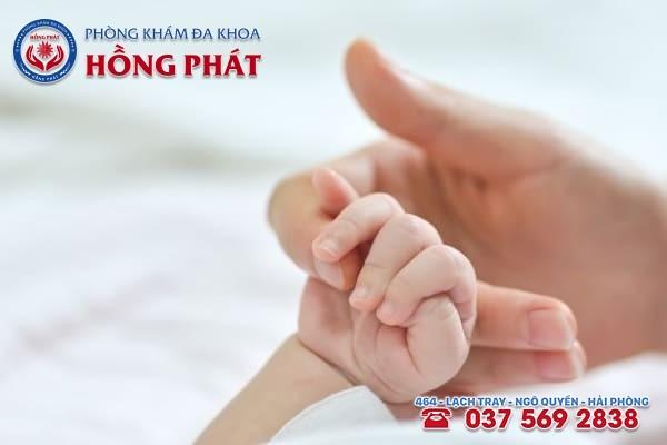 Người bị bệnh suy buồng trứng sớm khả năng mang thai tự nhiên rất thấp