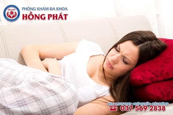 Có nhiều nguyên nhân gây ra tình trạng đau bụng kinh ở nữ giới