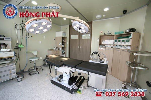 Trang thiết bị y tế hiện đại tại Phòng Khám Đa Khoa Hồng Phát