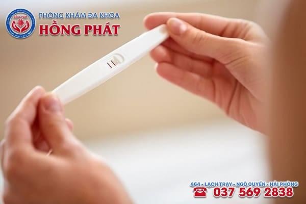 Sau khi phá thai bằng thuốc, que thử thai hiện lên 2 vạch có nghĩa là phá thai không thành công