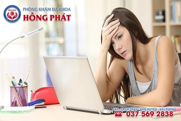Áp lực, căng thẳng là một trong những nguyên nhân dẫn đến bệnh suy buồng trứng