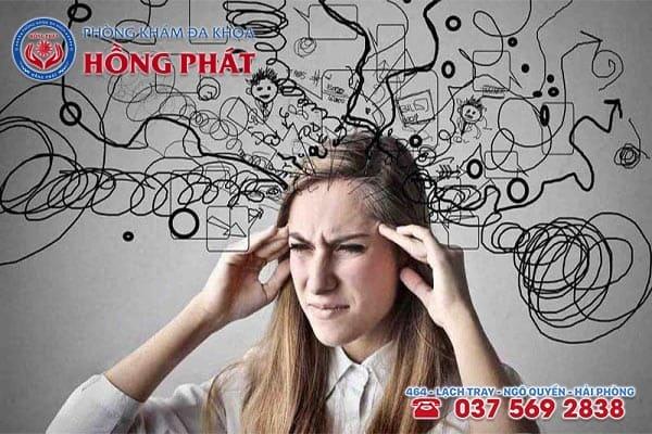 Tâm lý căng thẳng cũng chính là nguyên nhân gây hiện tượng kinh nguyệt màu đỏ nhạt