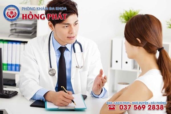 Đặt thuốc vào vùng kín theo đúng chỉ định bác sĩ
