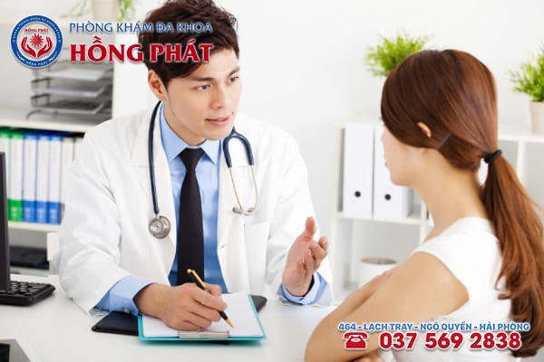 Khi có biểu hiện rối loạn kinh nguyệt nữ giới nên chủ động đến gặp bác sĩ ngay