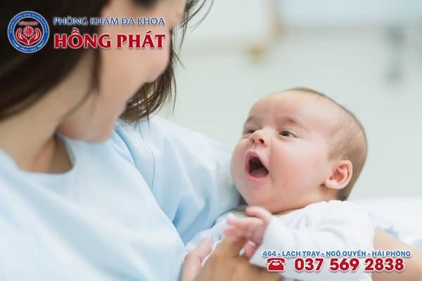 Tỷ lệ phự nữ bị bệnh suy buồng trứng mang thai tự nhiên rất thấp