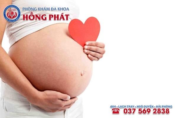 Phụ nữ bị bệnh viêm cổ tử cung sẽ khó mang thai tự nhiên